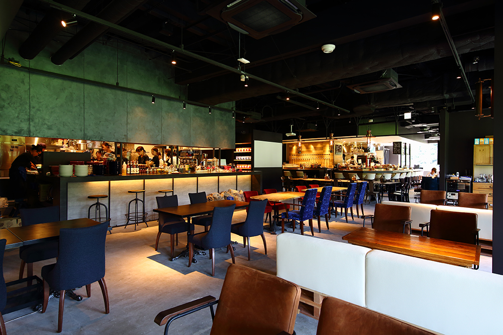 スパリゾートハワイアンズ帰りに寄りたい! フィールドビューのRED & BLUE CAFE