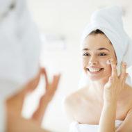 今の化粧品を変えずに 肌の調子をUPする3つの方法